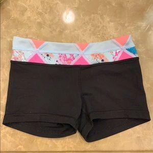 Ivivva girls booty shorts